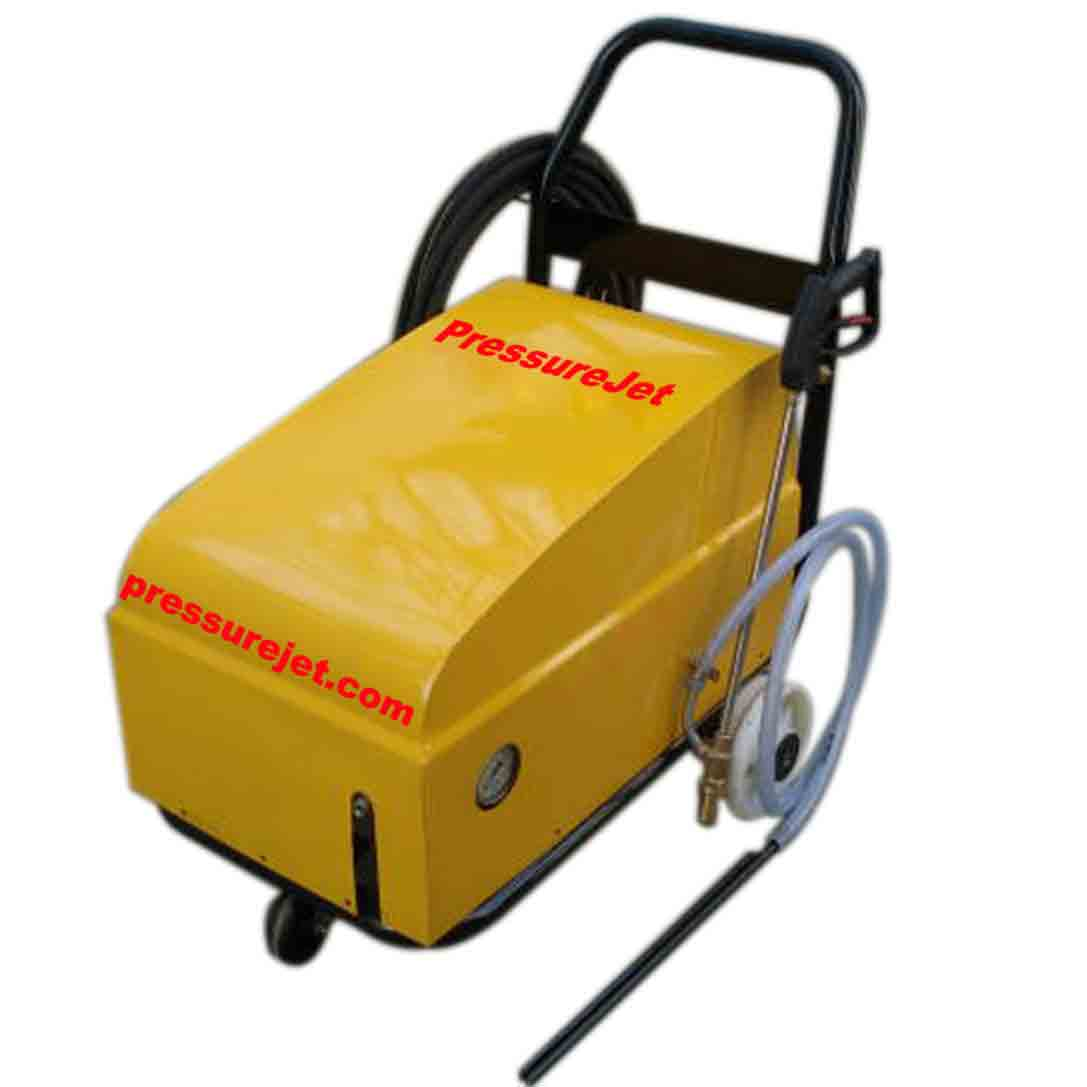 Water sandblasting equipments